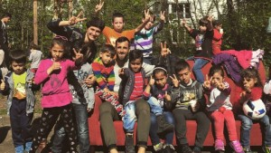 Mërgim Mavraj viziton refugjatët në Gjermani