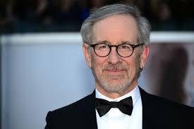 Steven Spielberg me një film për Papën