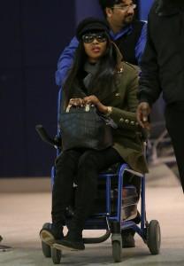 Naomi Campbell, nga pasarelat në karrige me rrota?