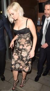 Jennifer Lawrence mahnitëse në premierën e X-Men
