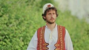 Kastriot Tusha i këndon Ballistit