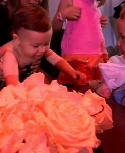 Nora dhe Roberti bashkë në ditëlindjen e Renees