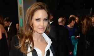 "Angelina Jolie në ribërjen e filmit ""Murder on the Orient Express"""