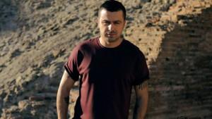 Genci Prelvukaj godet rëndë Top Awards-in, ja reagimi i tij