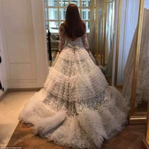 Xenia Deli martohet me një milioner 62-vjeçar