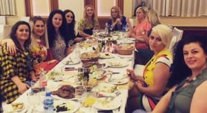 Pse mungon Shkurte Fejza në iftarin e organizuar nga Motrat Mustafa?