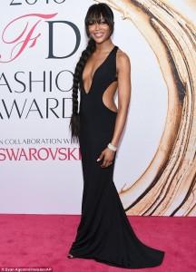 Naomi Campbell shumë sexy