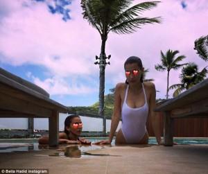 Bella Hadid në Karaibe