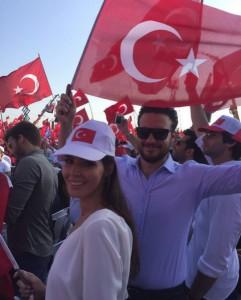 """""""Dila Hanım"""" përkraha Erdoganin"""