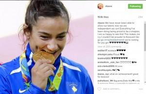 Rita Ora: Majlinda më bëri të qajë, jam krenare që jam kosovare