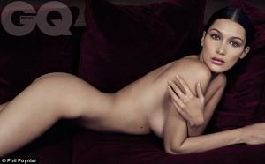 Bella Hadid pozon nudo