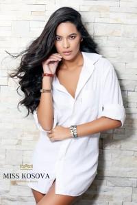 """Camila Barraza shpallet """"Miss Kosova 2016"""""""