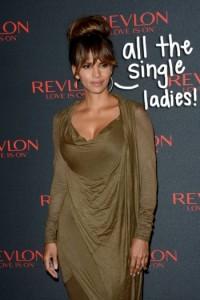 Edhe pse 50 vjeçe, Halle Berry duket seksi