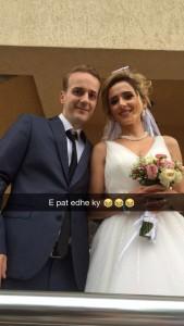 Blero në dasëm, po e marton vëllain