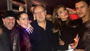 Dafina e Angela me të dashurit në ndeje te Fadil Berisha