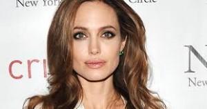 Angelina Jolie: Më është dashur të marr veprime ndaj Pittit