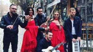 Aida dhe Morena shkëlqejnë në të kuqe gjatë xhirimeve për klipin e ri