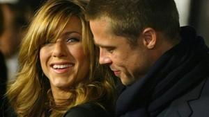 Brad Pitt pas ndarjes prej Joliet e fton në darkë ish-bashkëshorten