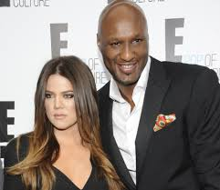 Divorcohet Khloe Kardashian nga Lamar Odom