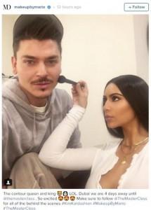 Kim Kardashian i bën makeup shqiptarit