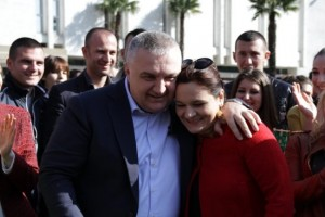 Ilir Meta dhe Monika Kryemadhi gjithmonë të dashuruar …