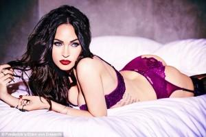 Megan Fox seksi në të brendshme
