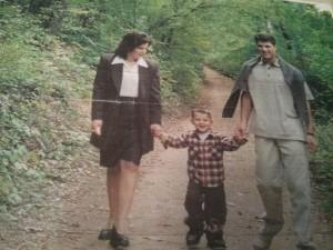 Foto e rrallë e familjës së Presidentit Thaçi