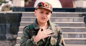 12 vjeçari nga Prizreni që po i përlot të gjithë me këngën e tij