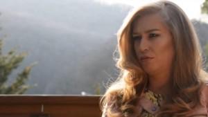 Monika Salihu i kërkon publikisht duet MC Kreshës
